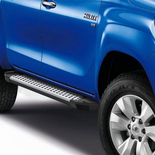 Side Steps / Running Boards For Use On Toyota Hilux Double Cab 8th Gen 2015 – 2019 - chameleonsidesteps.co.uk